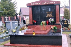 hrobky6