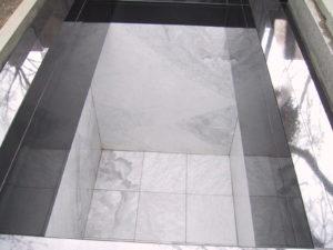 vnitrek-hrobky